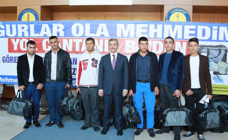 Şahinbey, 27 bin Mehmetçiğin elini tuttu