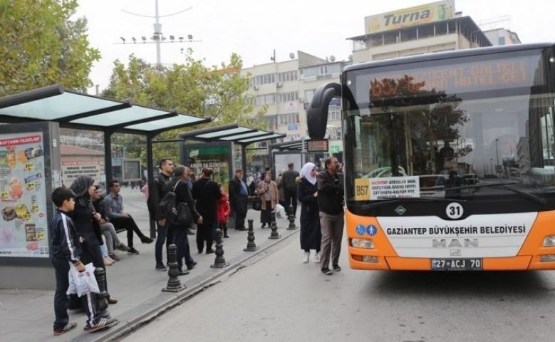 65 yaş üstüne toplu taşıma kısıtlaması