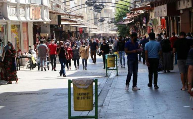 834 kişiye maske cezası, bazı caddelerde sigara içme yasağı
